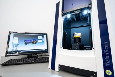Zahnärztin Eisleben - Brockmann - CAD/CAM Technologie im Eigenlabor